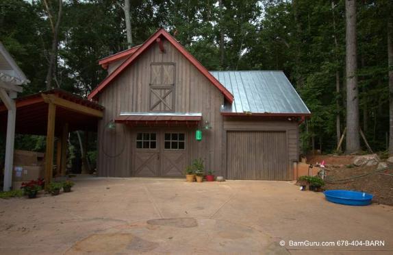 Barn plans 10 stall horse barn design floor plan for Garages that look like barns