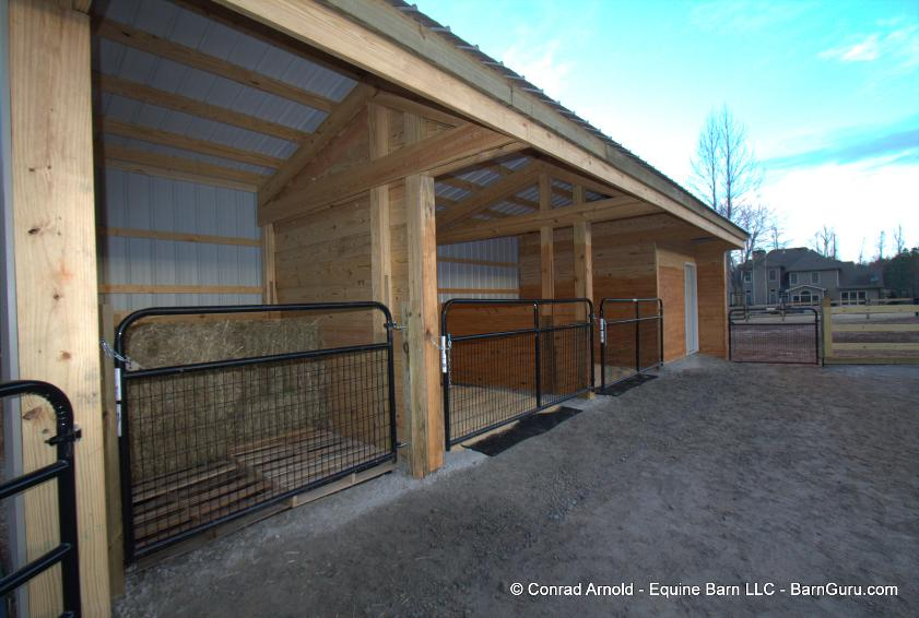 Two Stall Horse Barn Run In With Tack And Hay
